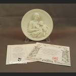 Relief rzeźba alabastrowa Madonna z dzieciątkiem