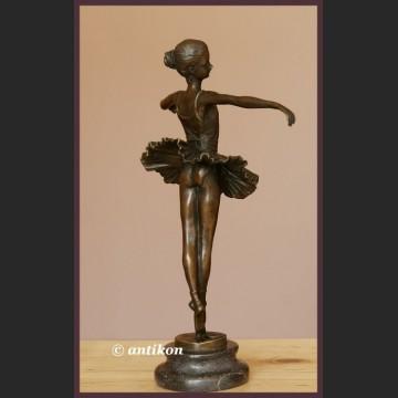 Figura baleriny wspaniała rzeźba baletnica brąz Francja