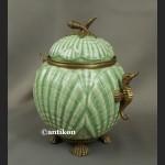 Bomboniera porcelanowa duża szkatuła z konikami morskimi