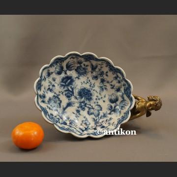 Patera wzór cebulowy miska z amorkiem