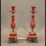 Para  świeczników barokowych czerwonych