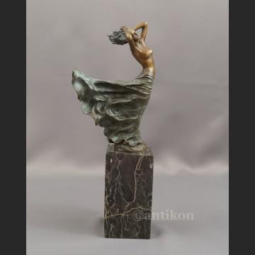 Unikatowa rzeźba przepiękna kobieta brąz Francja