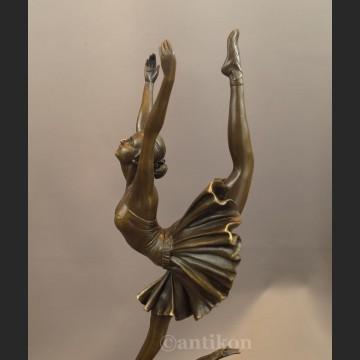 Duża rzeźba z brązu baletnica Art Deco tancerka