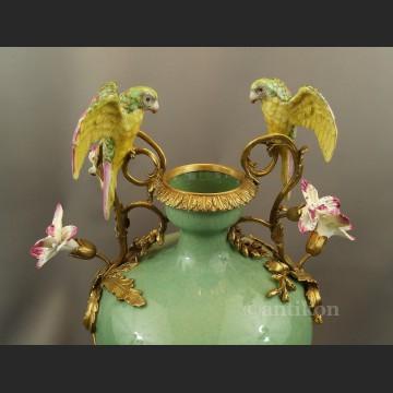 Wazon z papugami pałacowy piękny olbrzym