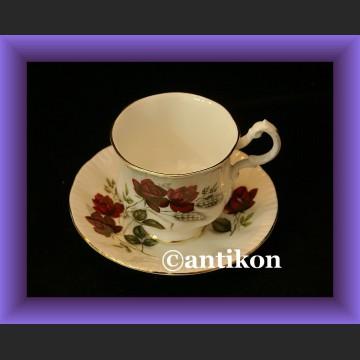 Wspaniała porcelana angielska filiżanka i spodek cudne róże