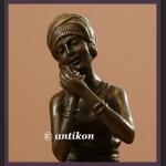 Rzeźba z brązu Art Deco Elegantka urocza modnisia
