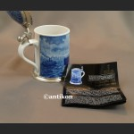 Kufel morski ceramiczny kobaltowy ze statkiem