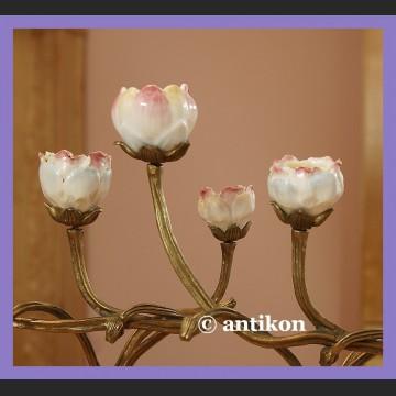 Secesyjny świecznik kwiatowy z brązem i porcelaną