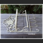 Półka metalowa prowansalska z wieszakami
