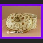 Przepiękna porcelanowa cukierniczka