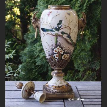 Urna wazon porcelanowy ze świecznikiem