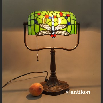 Lampa bankierka zielona witrażowa z ważką
