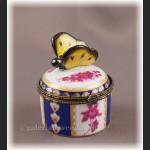 Porcelanowe puzderko na biżuterię