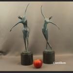 Rzeźba modernistyczna z brązu Tancerka Kobieta