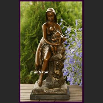 Rzeźba Macierzyństwo duży posąg z brązu