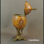 Jajo porcelanowe carskie  szkatuła otwierana z brązem