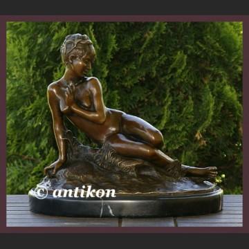 Urzekająca dziewczyna syg. brąz duża rzeźba nieprzyzwoicie śliczny akt