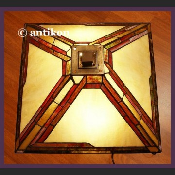 Elegancka duża lampa witrażowa w stylu art deco
