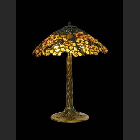 Wspaniała ażurowa lampa z bursztynami