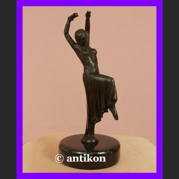 Tancerka Art Deco piękny brąz rzeźba