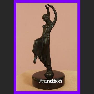 Zachwycająca tancerka Art Deco rzeźba z brązu