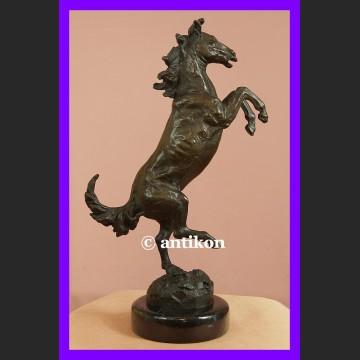 Koń dynamiczna rzeźba cudny rumak wspaniały brąz Francja