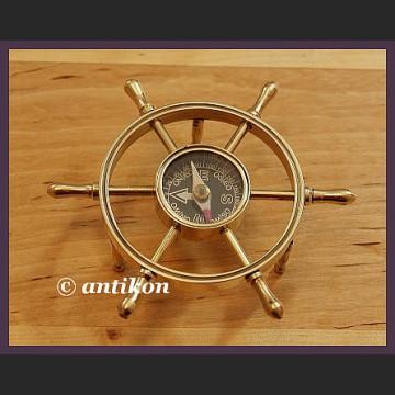 Mosiężny kompas wspaniałe koło sterowe