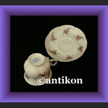 Filiżanka i spodek urocza porcelana angielskie różyczki