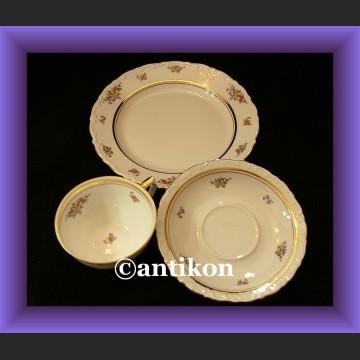 Piękny zestaw śniadaniowy porcelanowe trio