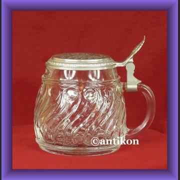 Kufel szklany z pokrywką