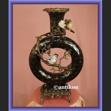 Olśniewający wazon z ptaszkami bardzo duży porcelana z lilijką