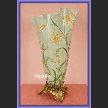 Zjawiskowy secesyjny porcelanowy wazon w żonkile