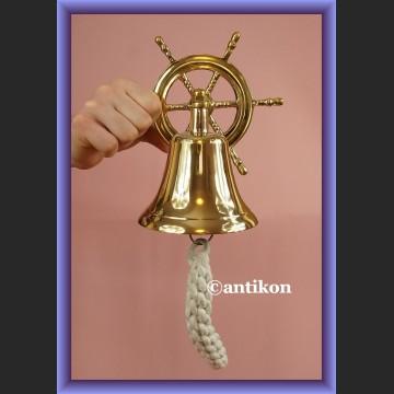 Fantastyczny mosiężny dzwon jachtowy z kołem sterowym