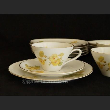 Fantastyczny stary komplet do herbaty na 6 osób Schirnding kwiatowe trio