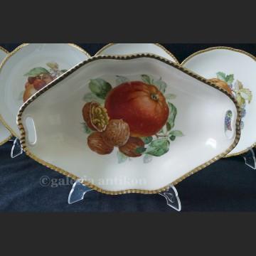 Świetny stary komplet patera i talerze z owocami Beyer & Bock Turyngia