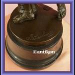 Figurka z brązu Apollo Belwederski rzeźba z łukiem