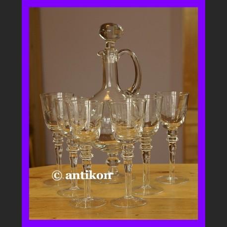 Karafka kieliszki do wina lub absyntu