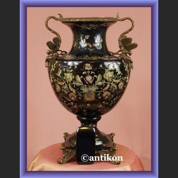 Wielki pałacowy wazon z ważkami malowany