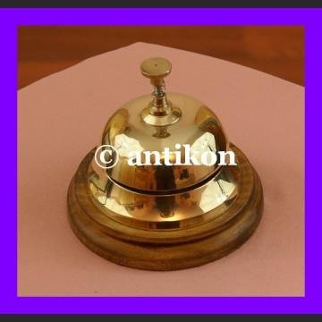 Dzwonek hotelowy mosiężny piękny