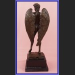 Rzeźba z brązu Dawid jako Anioł posąg z brązu