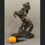 Rzeźba z brązu Koń z Marly piękny posąg