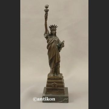 Rzeźba z brązu Statua Wolności figurka z brązu