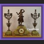 Zegar kominkowy stary onyksowy ze świecznikami Francja XIX wiek