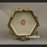 Herbatnica czerwona okuta brązem barokowa szkatuła