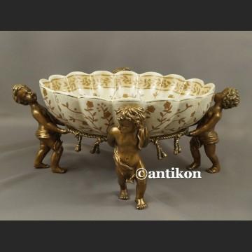 Patera wielka barokowa z aniołami porcelana okuta brązem