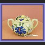 Porcelanowa cukierniczka ręcznie malowana irysy