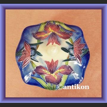 Porcelanowa cukierniczka ręcznie malowana bomboniera