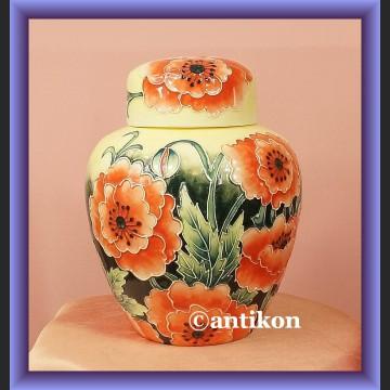 Wazon z porcelany ręcznie malowany kwiaty maki