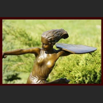 Figura z brązu piękna wojownicza amazonka Art Deco brąz sygnowana rzeźba Francja cudo