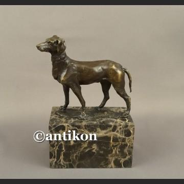 Figurka z brązu pies rzeźba z brązu